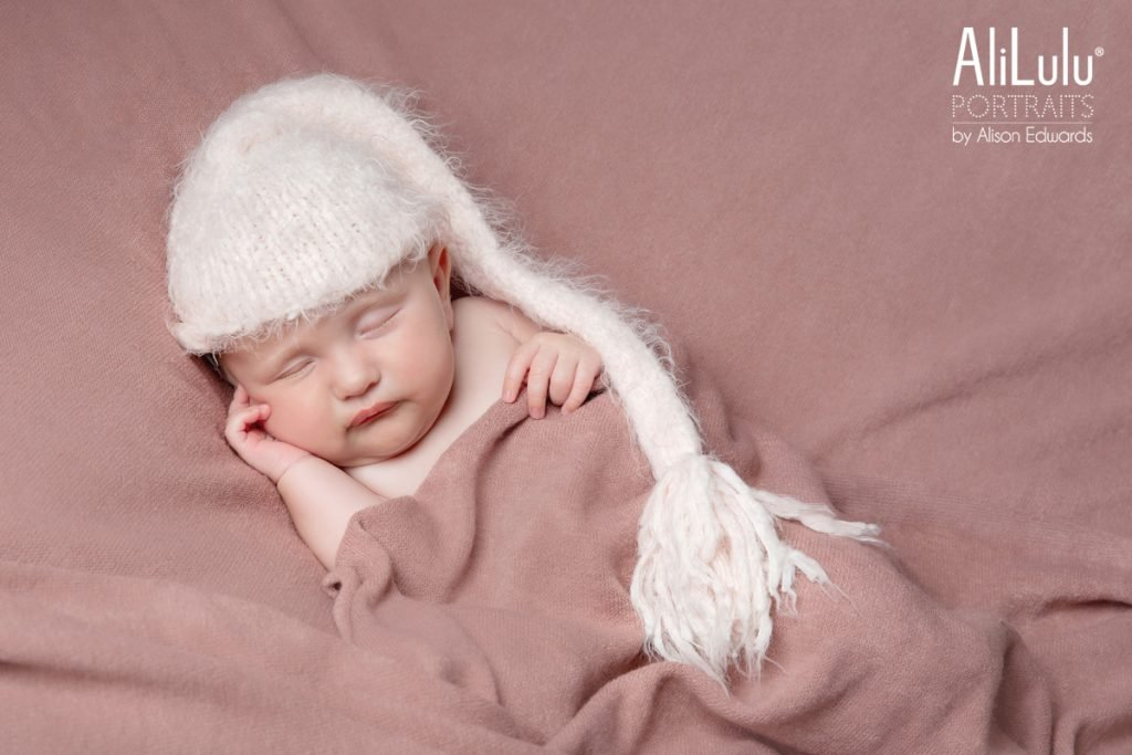 4 month old baby photos of girl in stocking hat