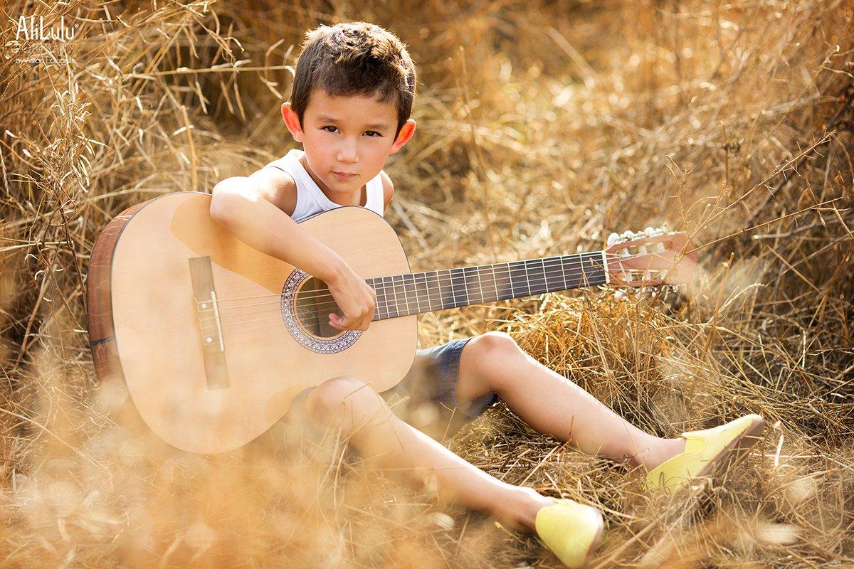 boy playing guitar mini photo session full photo session